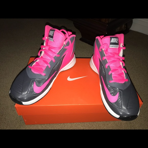 29657fa69e Nike Shoes | Team Hustle D 7 Gs Basketball | Poshmark